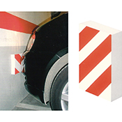 Protector parking autoadhesivo frontal blanco/rojo de 35x20x4 cm